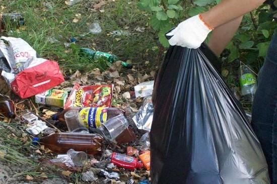 moving away garbage